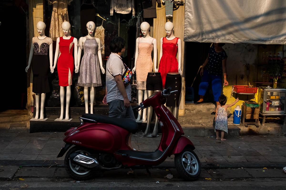 vietnam_hanoi_street_photography_phil_duval_004