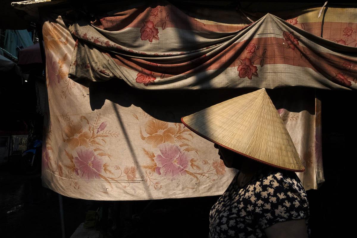 vietnam_hanoi_street_photography_linda_jerkin_001