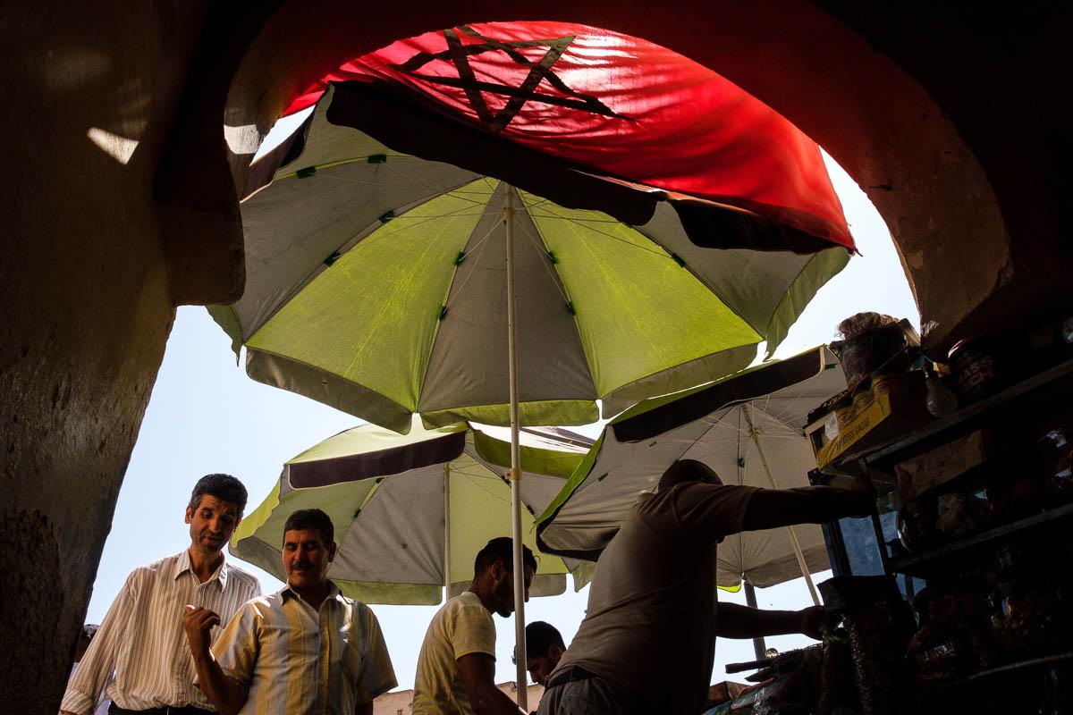 1_morocco_street_photography_workshop_bryce_watanasoponwong_007