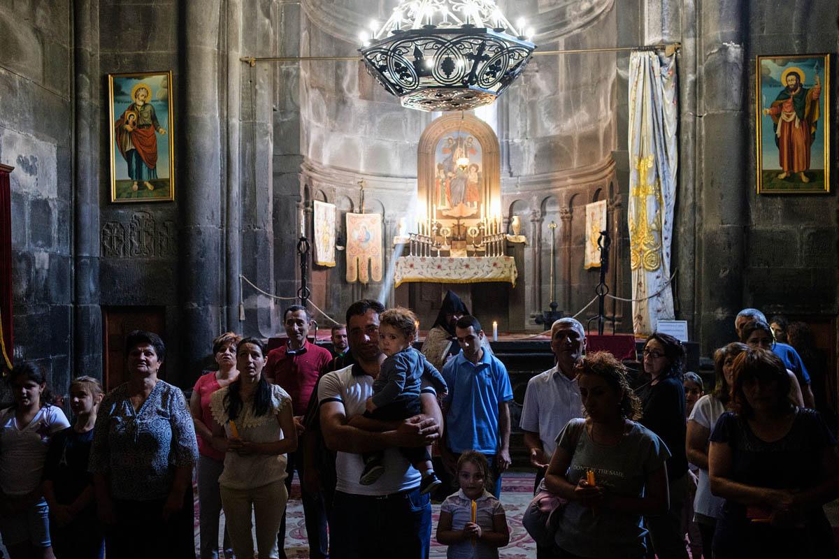 armenia_orthodox_geghard_monastery_church_prayer_ceremony_religion_faith