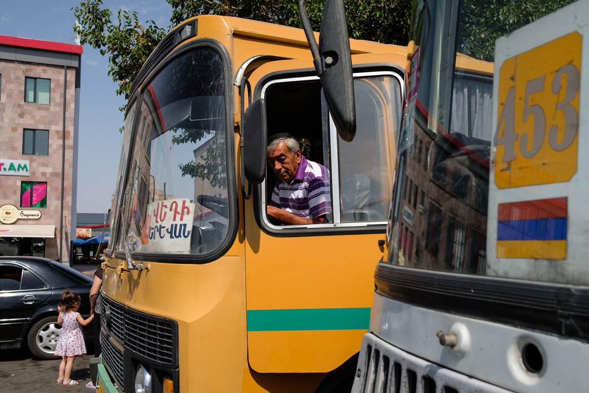 armenia_yerevan_city_bus_station_driver