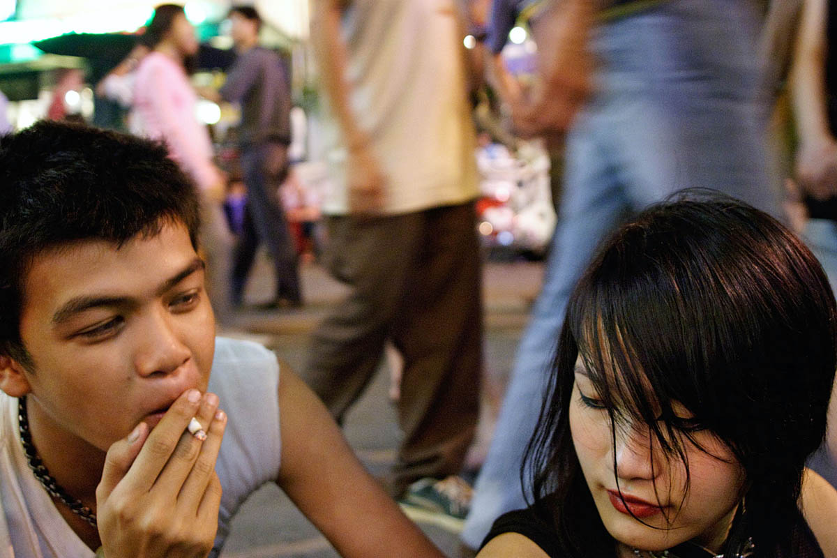 asia_thailand_bangkok_banglamphu_khaosan_khao_san_road_young_thai_people_punk