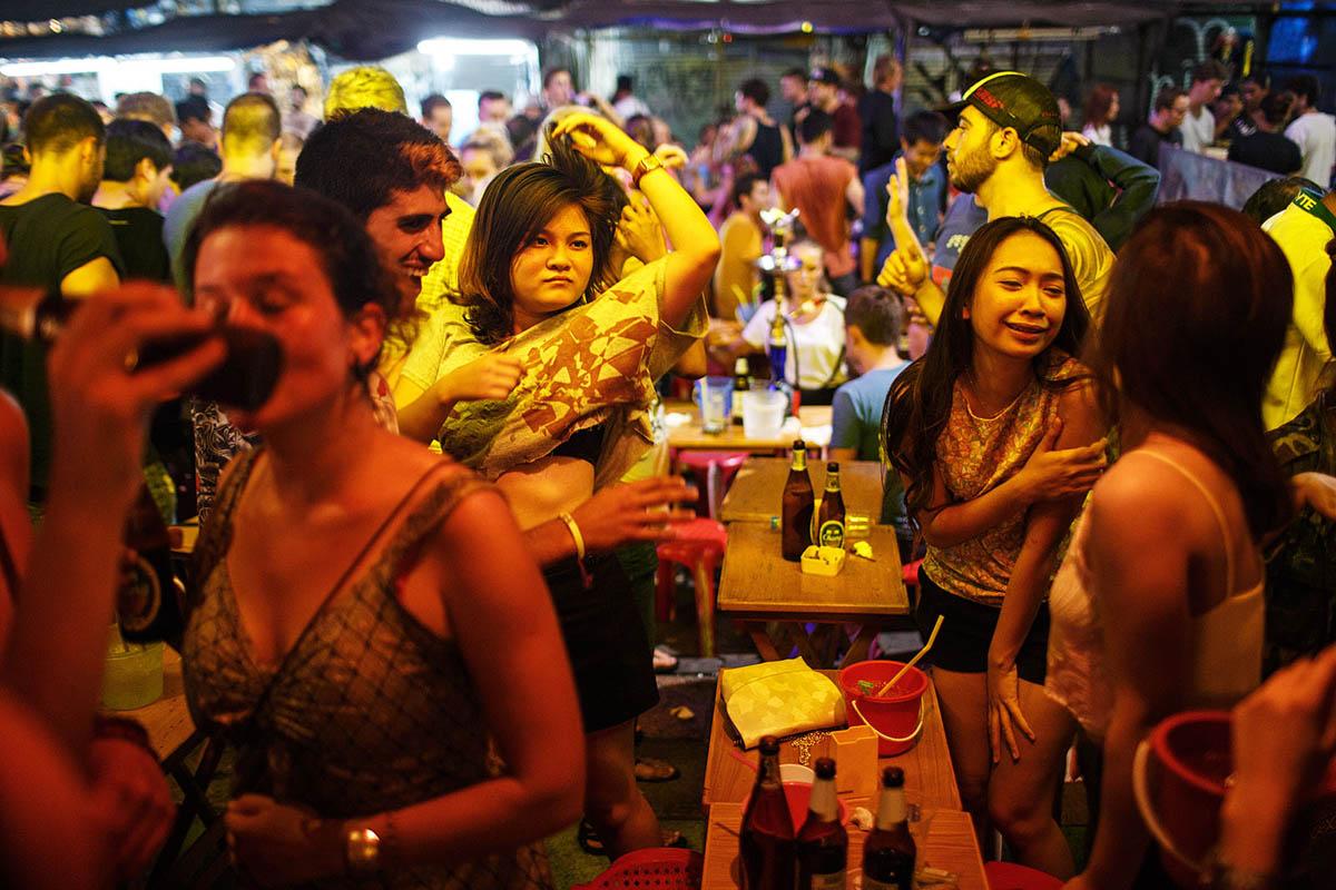 from Desmond bangkok sex party pics