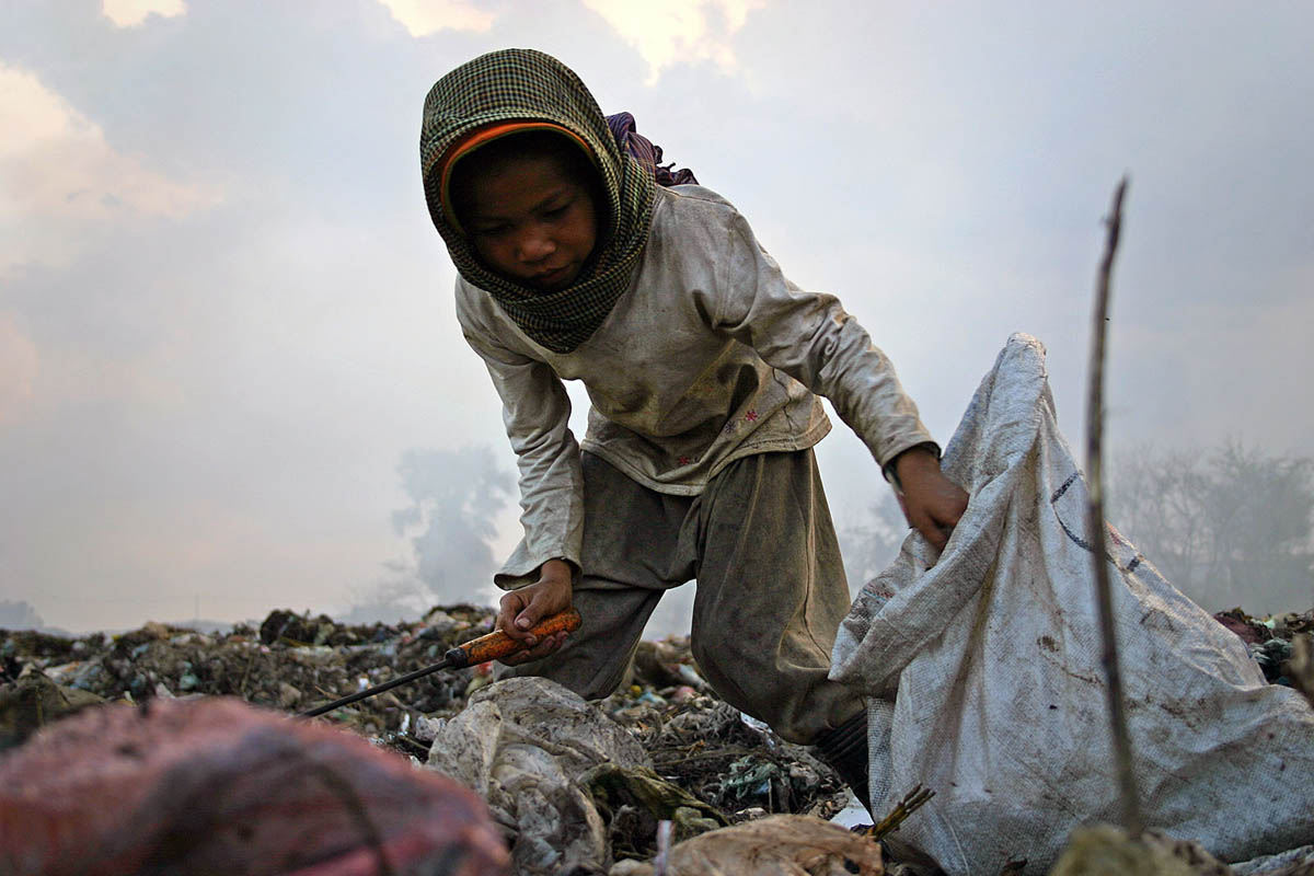 cambodia_phom_penh_stung_meanchey_children_work_child_labour_poverty_environment