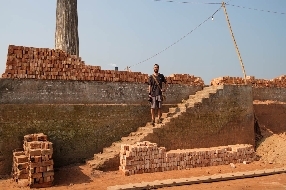 bangladesh_dhaka_street_photography_workshop_brick_kiln_bricks_factory_photographer_andy_barker