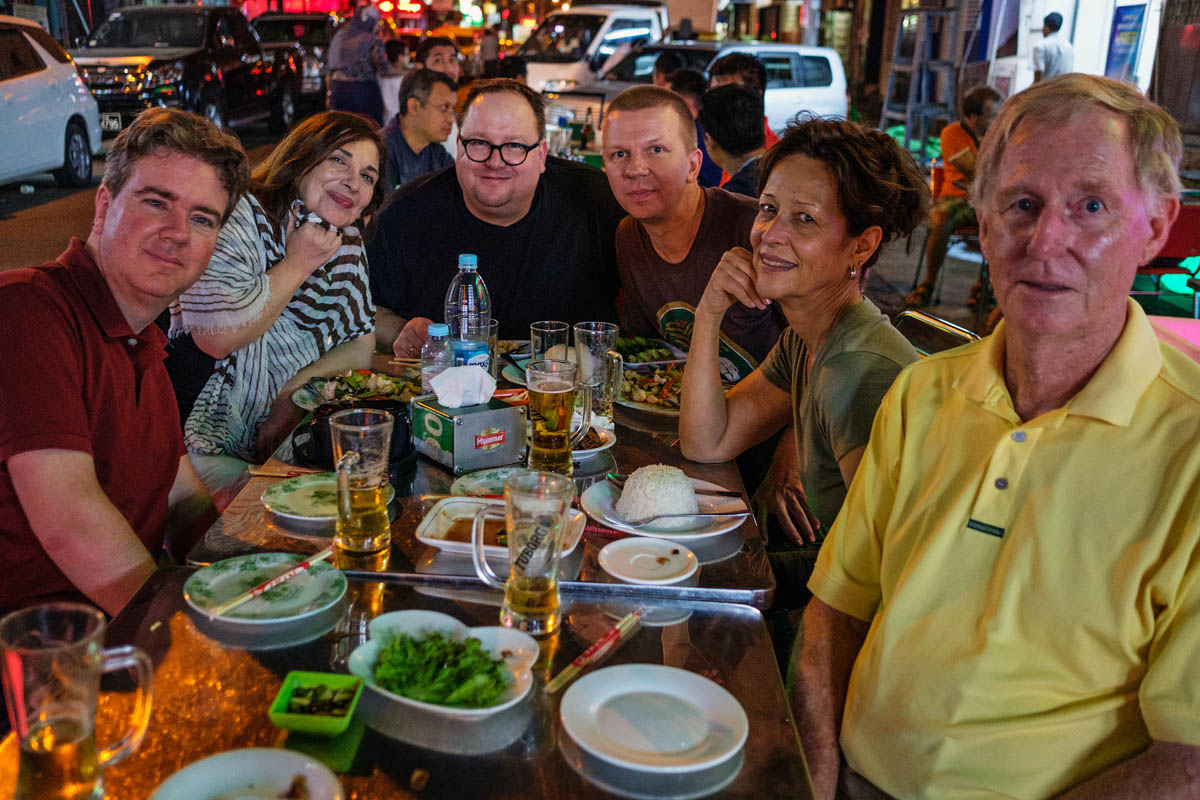 myanmar_burma_street_photography_workshop_night_dinner_city_group