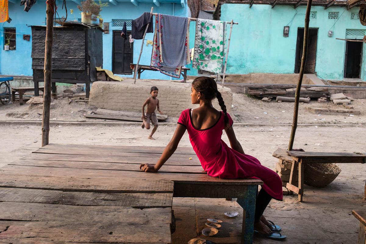 india_varanasi_street_photography_workshop_didier_vanderperre