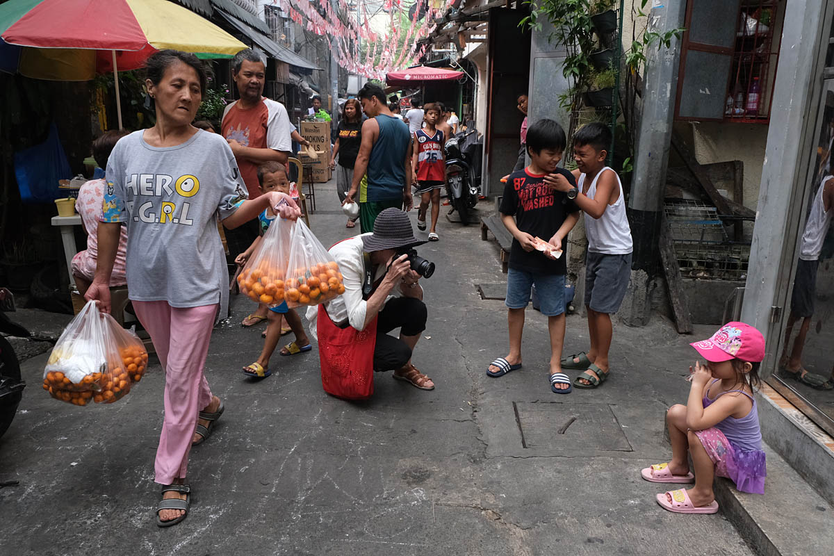 manila_philippines_street_photography_workshop_travel_anna_biret_nikon_photographer