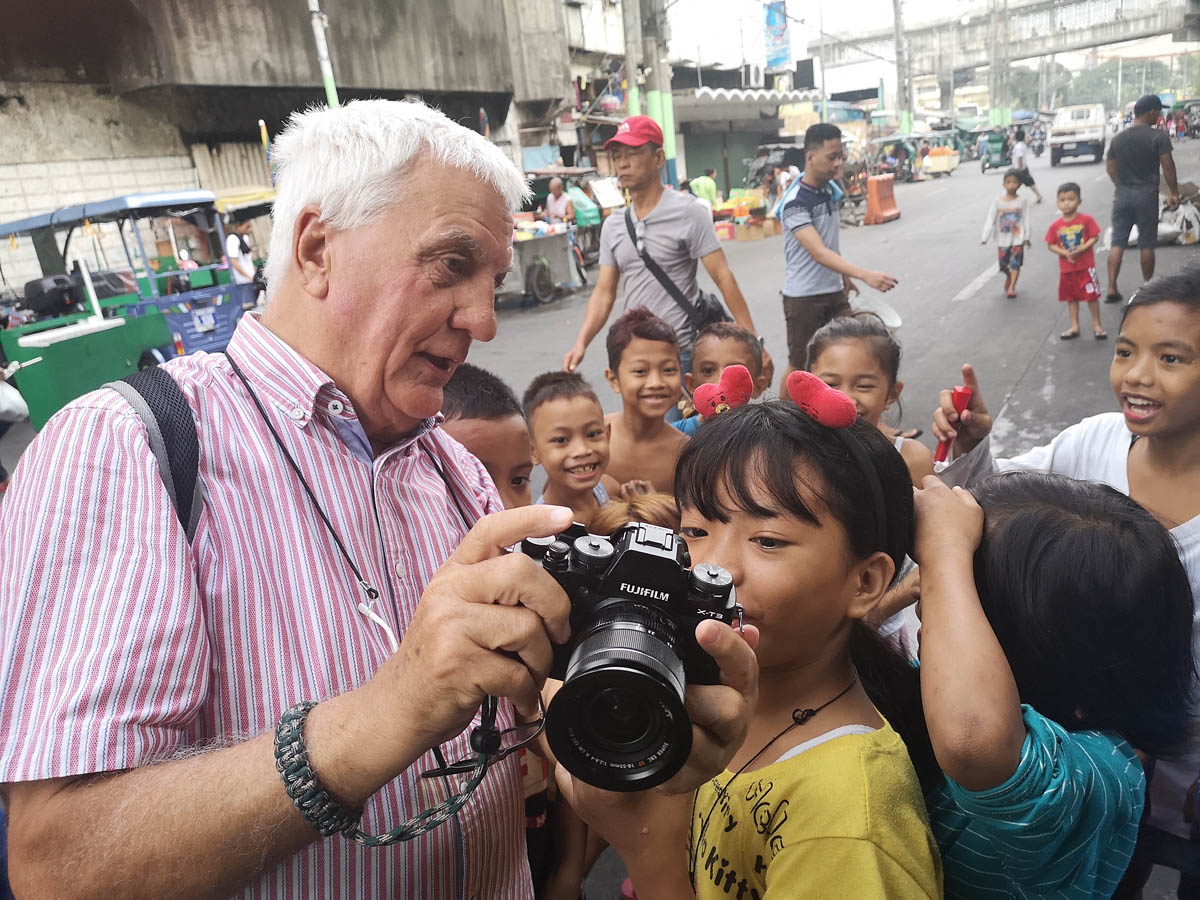manila_philippines_street_photography_workshop_travel_john_cooper_tondo_slum