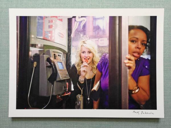 maciej_dakowicz_print_art_sale_a4_cardiff_after_dark_phonebooth_girls_epson_photo_01