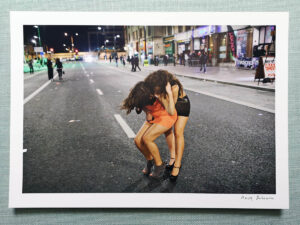 maciej_dakowicz_print_art_sale_cardiff_after_dark_two_girls_epson_photo_01
