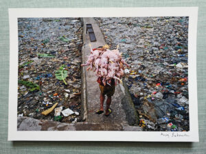 maciej_dakowicz_print_art_sale_chicken_load_yangon_myanmar_photo_01